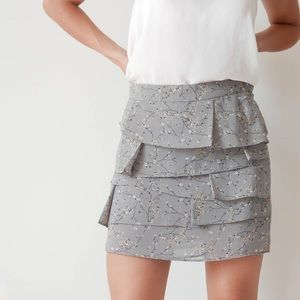 Grey skirt with pleats